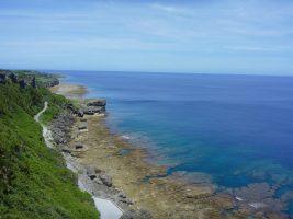 沖縄 ツアーか個人手配か