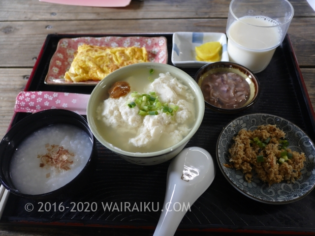 石垣島のおすすめ朝食|6時半開店の【とうふの比嘉】でゆし豆腐定食をいただく。