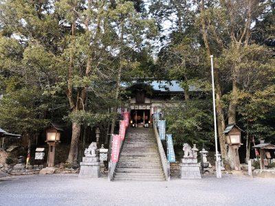 不思議な包容感のある伊賀一宮敢國神社を参拝。